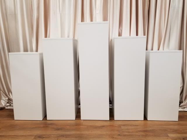 Where to find FLOOR RISERS SET OF 5 SQUARE, WHITE in New Orleans